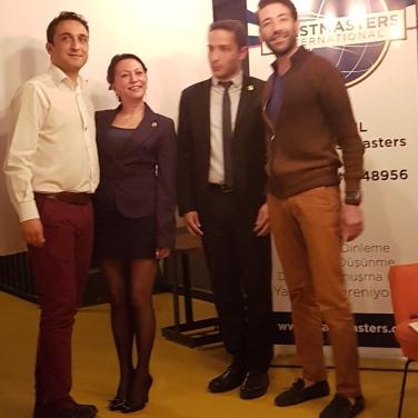 İstanbul Türkçe Toastmasters Eğitimden Sorumlu Başkan Yardımcılığı Göreini Devralırken