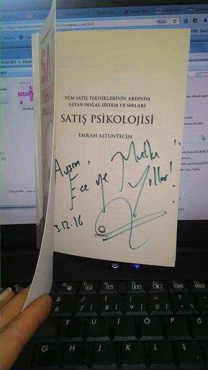 Şanslıyım en güzel kitabını bir İBN akşamında hem de doğum günümde imzalatabildim:)